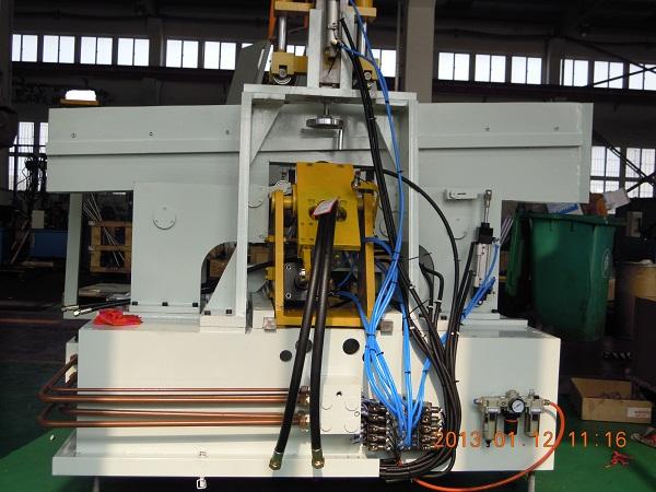 液压机械设备专家图片